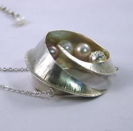 fine silver pearl