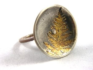 fern ring with 22 k gold