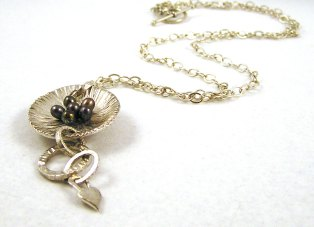 dewdrops necklace